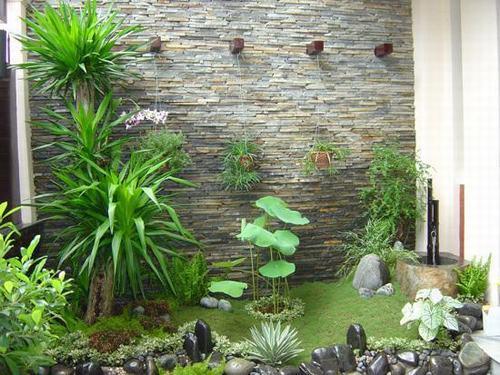 Tiểu cảnh khô giúp cho không gian trong nhà được xanh mát , tiếp cận với thiên nhiên nhiều hơn.